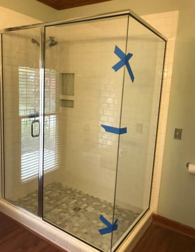 semi-framed-glass-shower-door-by-century-glass-columbia-sc