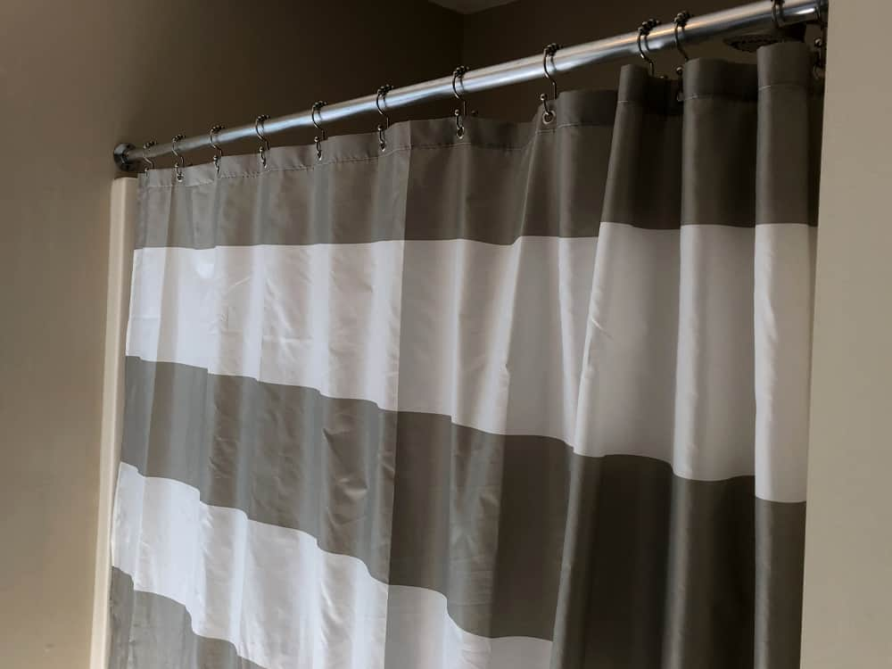 Shower curtains are actually becoming a thing of the past. As new homes are being built or bathrooms are being remodeled, more and more homeowners are opting for glass shower doors.