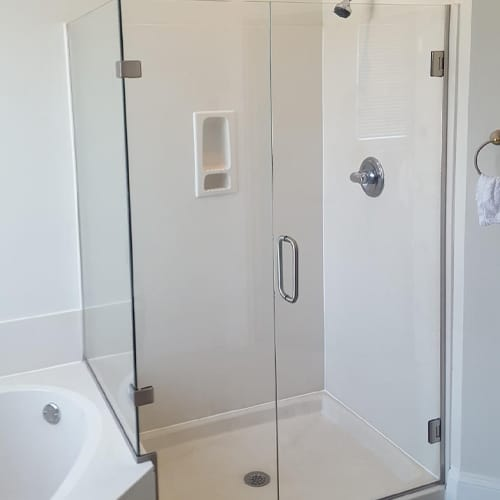 learn how to keep shower water inside the shower. Find out which side the controls and knobs should be installed on. And did you know that you should place an extra stud in a special part of the bathroom wall?